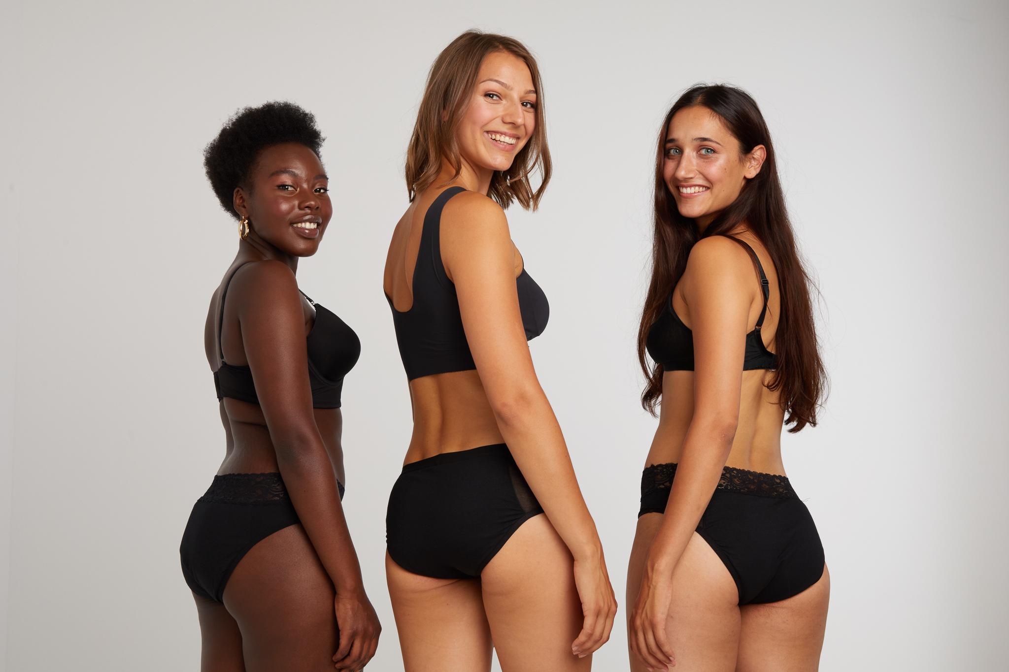 ooshi alle Models Studio Amazonen with period underwear