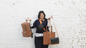 Paulien Wesselink holding Bags © MARNIX and ALLY